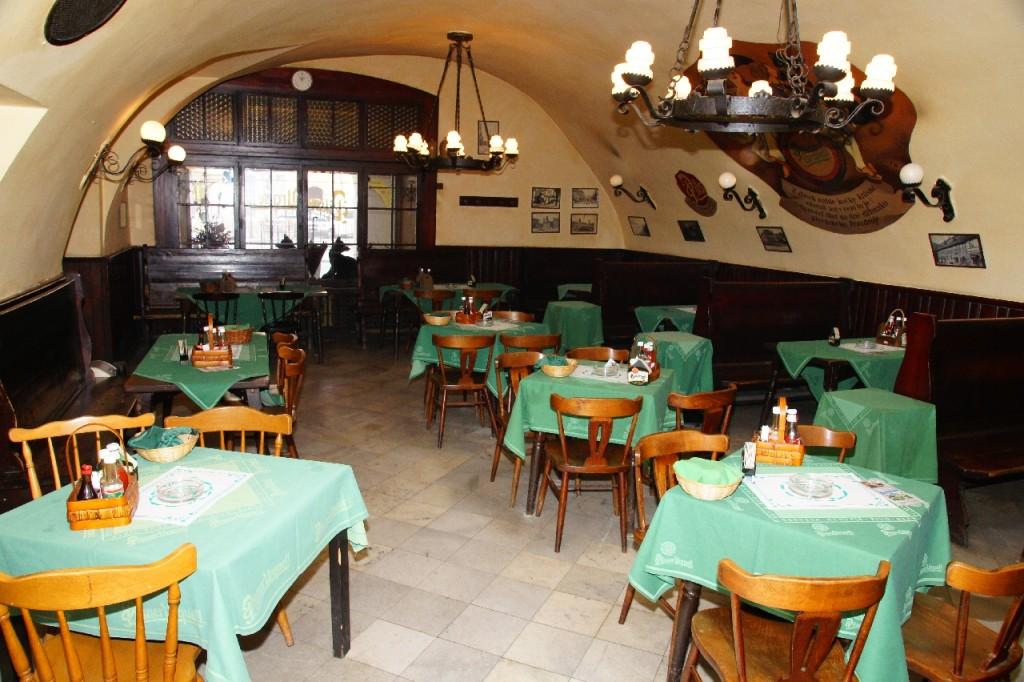 Где дешево поесть в Праге