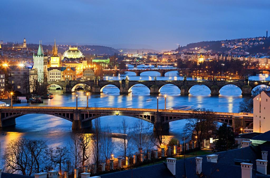 Королевские города Праги посетить недорого можно