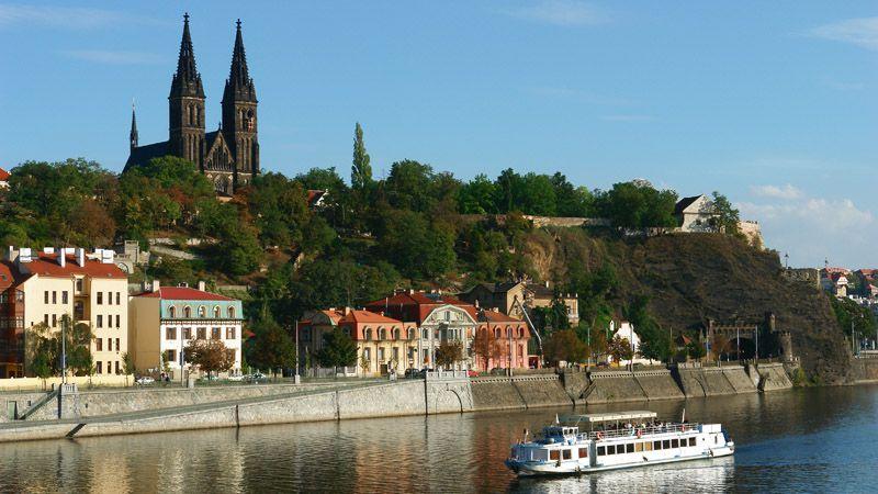 Экономнпая экскурсия по Праге
