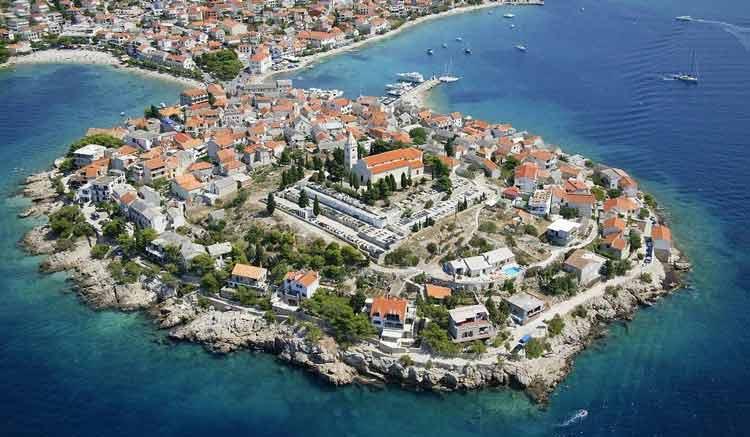Шибеник - недорогой отдых с детьми в Хорватии