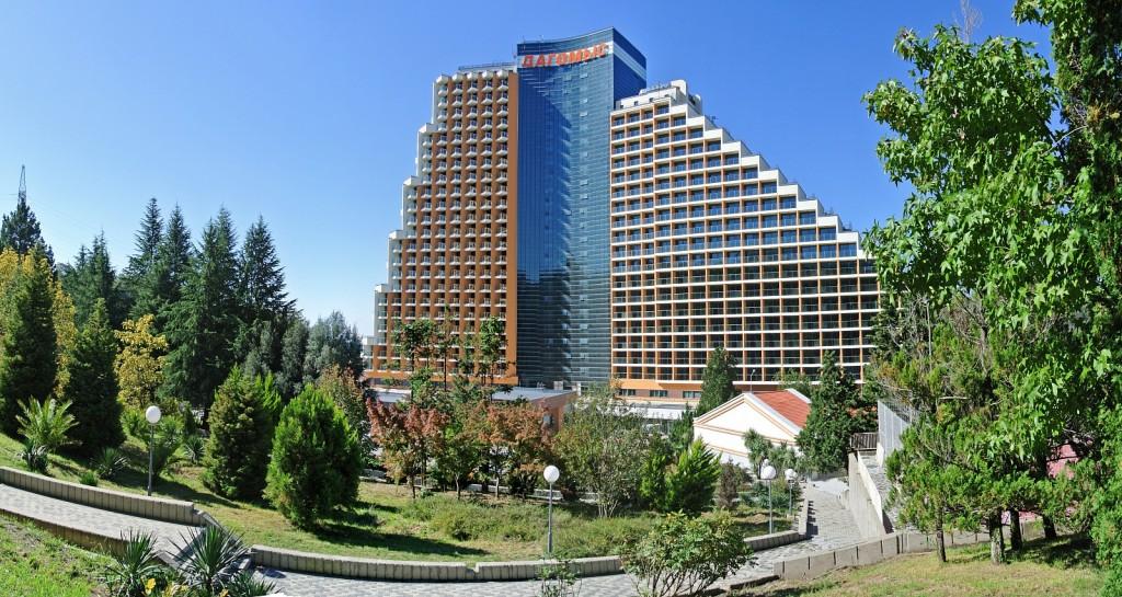 27-этажный оздоровительный комплекс