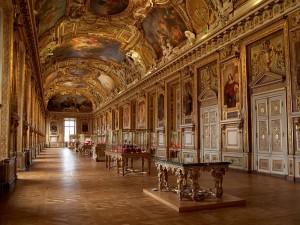 Как посетить Лувр бесплатно