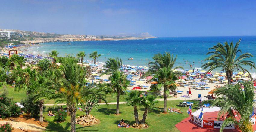 Айя-Напа - отличный курорт на Кипре, подходящий для отдыха с детьми