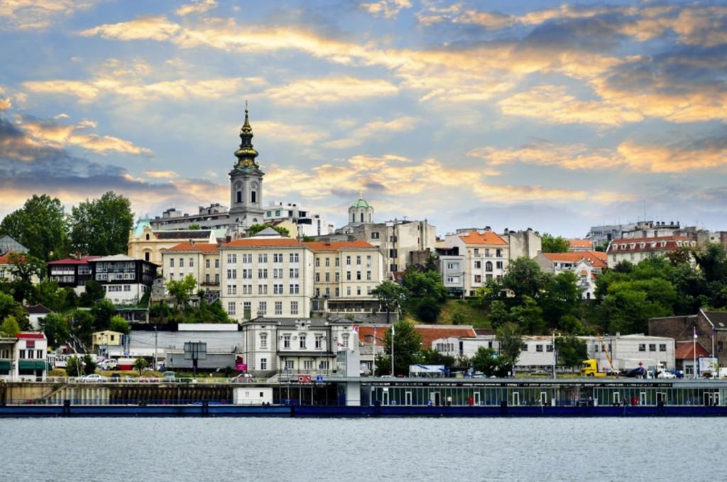 Белгра́д — столица и самый крупный город Сербии.