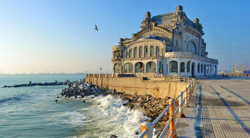 Констанца — крупнейший морской порт Румынии