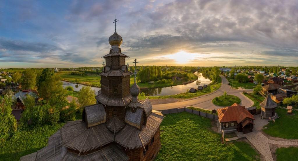 Суздаль — город-заповедник, входит в Золотое кольцо России
