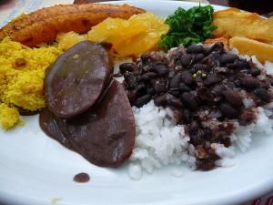 фейожоада-национальное блюдо Португалии