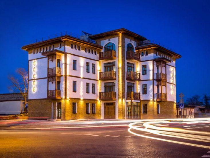 Отель Джеваль в Евпатории