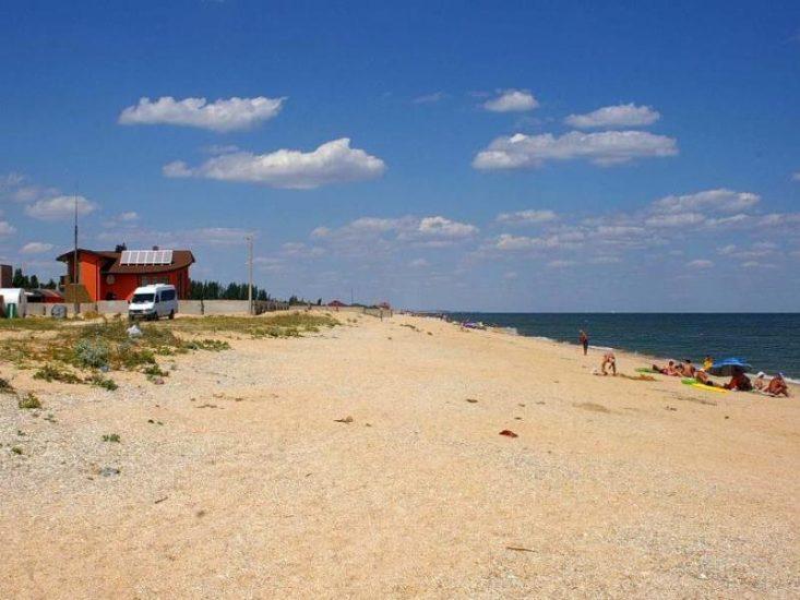 Отдых в селе Стрелковое на Азовском море