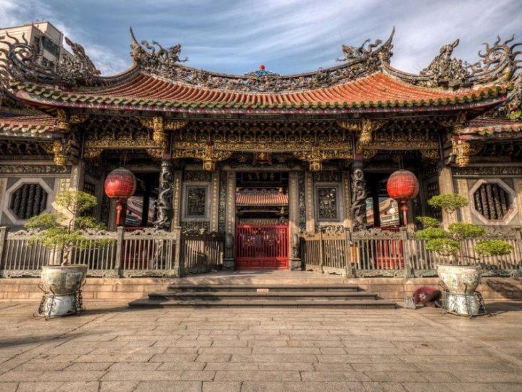 Храм Трех Фениксов на Тайване