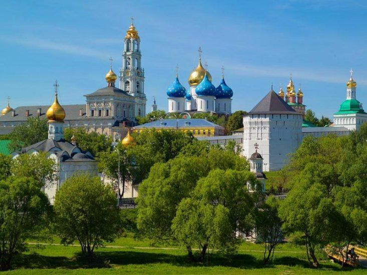 Поездка по Золотому Кольцу России на автомобиле