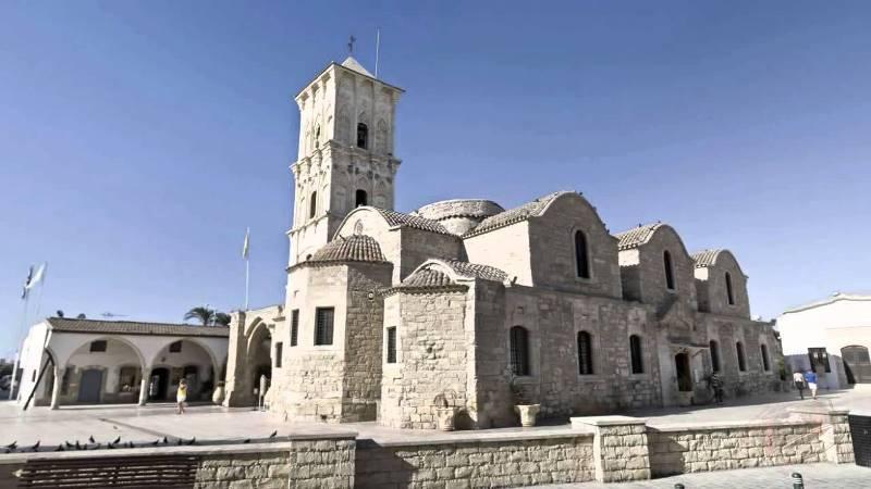 Путешествие в Церковь Святого Лазаря
