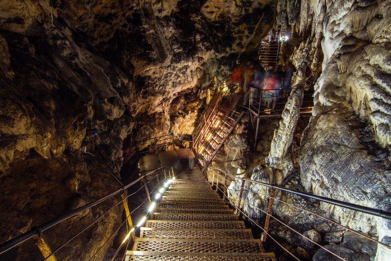 Азишская пещера  в Краснодарском крае