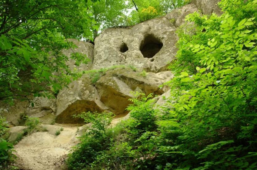 Богатырские пещеры в Краснодарском Крае