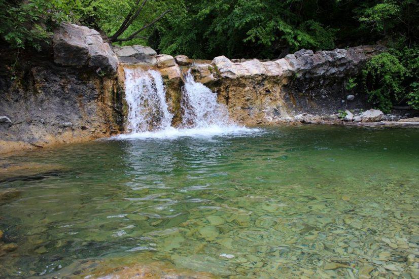 Изумрудный водопад в Краснодарском крае
