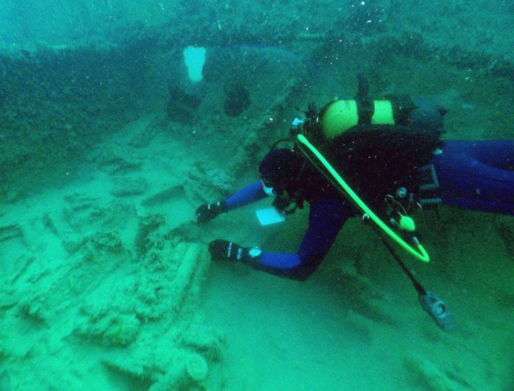 Изучение затонувших кораблей в Новороссийске - дайвинг